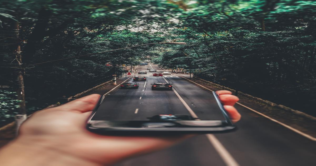 Top 4 Advantages and Disadvantages of GPS Vehicle Tracking System